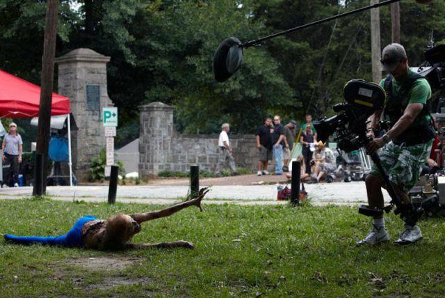 20 fotos curiosas dos bastidores de The Walking Dead (9)