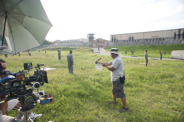 20 fotos curiosas dos bastidores de The Walking Dead (18)