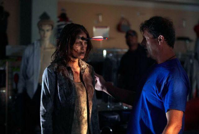 20 fotos curiosas dos bastidores de The Walking Dead (8)