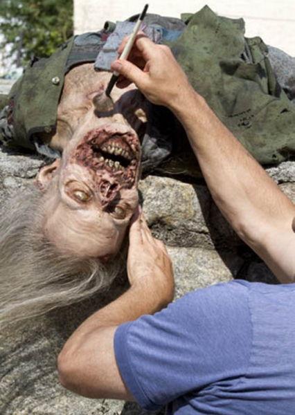 20 fotos curiosas dos bastidores de The Walking Dead (3)
